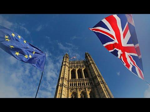 بريطانيا: مكاتب الاقتراع تفتح أبوابها أمام الناخبين للتصويت في انتخابات تشريعية مبكرة  - نشر قبل 5 ساعة