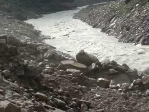 Capturing Landslide - On way to Manali from Kaza