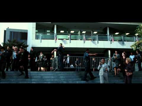 Live Free or Die Hard - Trailer