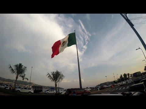 Acapulco en 4K - Costera Miguel Aleman