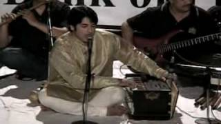 Nadeem Abbas Looney Wala performing live in ustad bade ghulam ali khan music conference in lahore