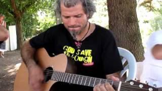 Mask Ha Gazh - Luc a la guitare