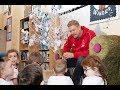 Peter Schmeichel meets little kids ahead of Treble Reunion match