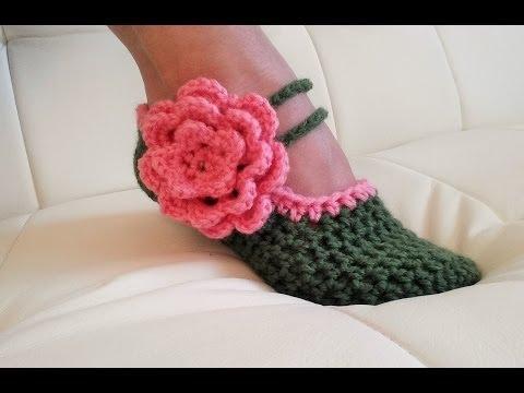 Crochet Glama's Fancy Mary Jane Slippers