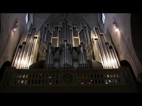 J. S. Bach - Virgil Fox - Now thank We All Our God