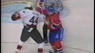 Mike Peluso vs Lyle Odelein Feb 20, 1993
