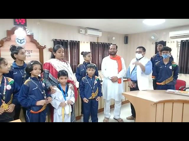 बलरामपुर ताइक्वांडो एकेडमी के अंतरराष्ट्रीय पदक विजेता खिलाड़ियों का हुआ सम्मान