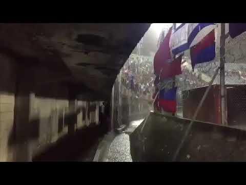 Impresionante la hinchada bajo lluvia | Nacional 3 — Cerro 1