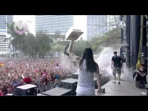 Steve Aoki Birthday Cake In Da Face X2 Ultra Music