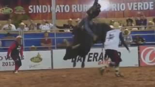 Коррида Испания-быки рвут людей!!!(, 2016-05-21T22:13:40.000Z)