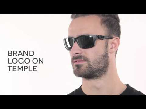 Oakley OO9135 JUPITER SQUARED Poalrized  Sunglasses Review   SmartBuyGlasses