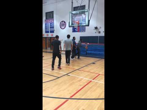 Zaire Sucks at Basketball