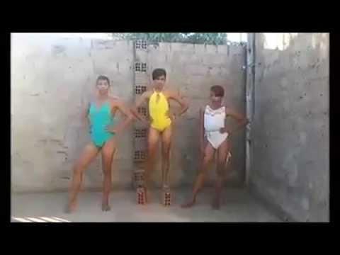 gay dancando de salto de tijolo,kkkkkk - clipzui.com