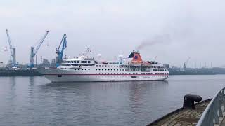 ms-hanseatic-arrived-in-hamburg-am-cruise-terminal-in-the-hafencity
