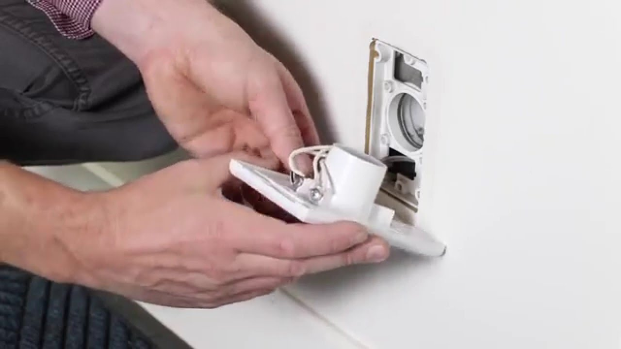 Replacing An Inlet Wall Plate Valve For A Ducted Vacuum