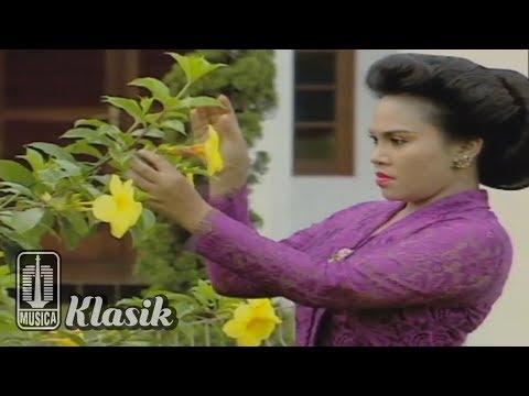 Hetty Koes Endang - Seuntai Bunga Tanda Cinta (Official Video)