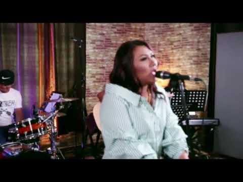 Unbreak My Heart - Toni Braxton by Farah Idayu