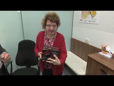 Donacija vibracijske budilke gluhoslepi Metki