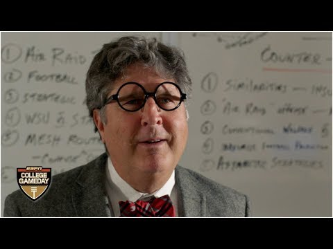 Professor Mike Leach And One Of The Most Unique Courses At Washington State   College Gameday