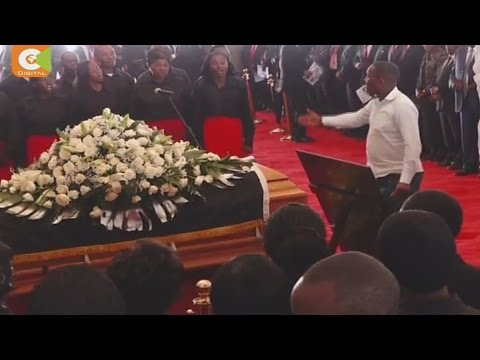 Thousands attend burial of former Nyeri Governor Gachagua