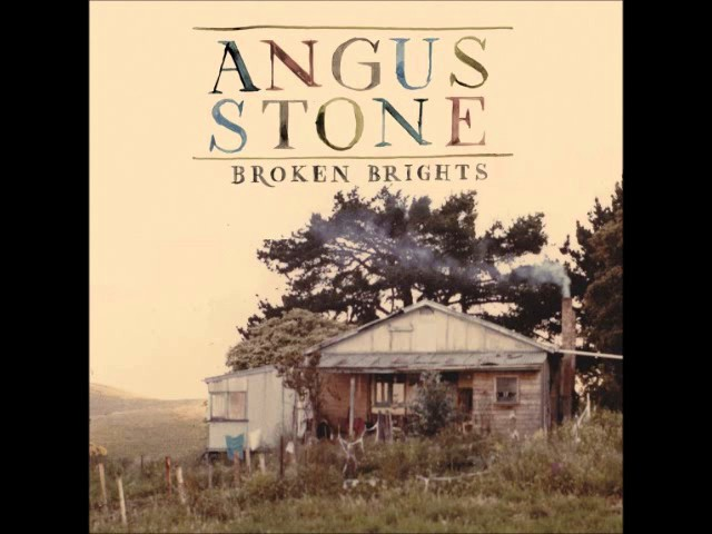 angus-stone-the-blue-door-annekarichardson