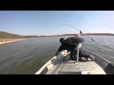 Fishing keystone lake youtube for Keystone lake fishing report
