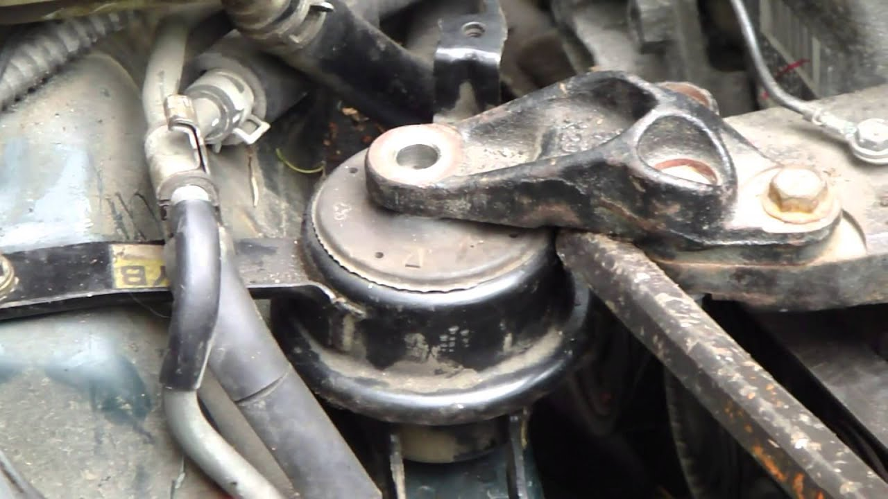 how to replace engine mounting toyota corolla vvt