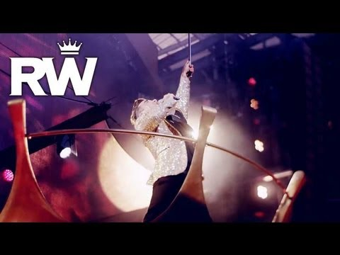 Robbie Williams | Crown | 'Gospel' | Take The Crown Stadium Tour 2013