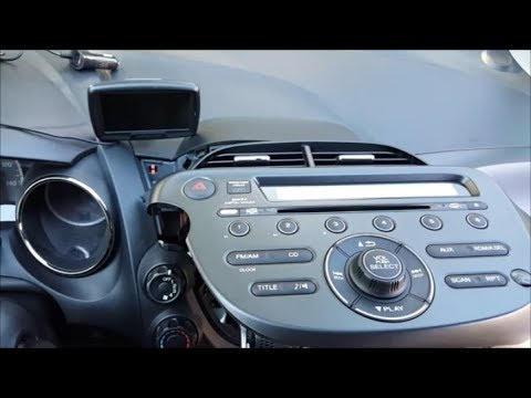 [Tutorial] 2009 - 2013 Honda Fit Stock Radio Removal