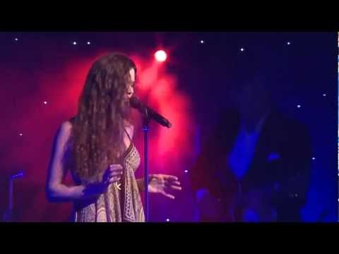 JOSS STONE - IT'S A MAN'S WORLD (The Global Angels Awards)