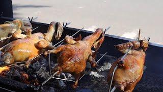 베트남에 길거리에 파는 숙성오리 구이 / roasted…