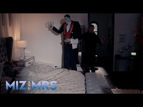 Miz scares Marjo right out of her bed: Miz & Mrs. Preview, May 14, 2019