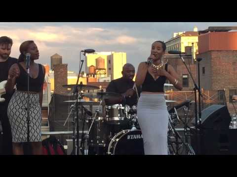 "Vivian Green "" Emotional Rollercoaster "" Live Caroline / Capitol Records"