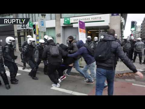 Protests in Brussels turn violent as Yellow Vest demonstrators hit the streets