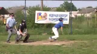 Бейсбол Група Б Соколи Чернівці -- Рівненські Орли.flv