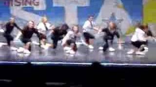 Move Shake Drop Dance