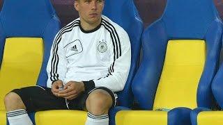 Mehmet scholl nimmt  Lukas Podolski in Schutz : Spanien vs. Deutschland 0:1