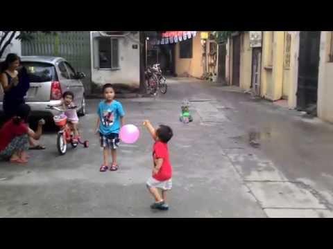 NA & Sóc đá nổ bóng bay - 30.7.2014