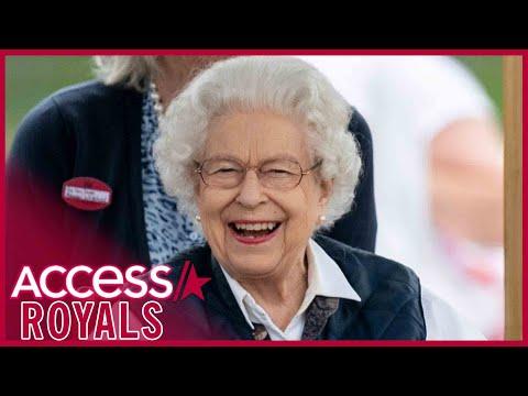 Queen Elizabeth Laughs At Royal Windsor Horse Show