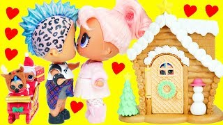 LOL Surprise Dolls Christmas Party with Punk Family Wrong Outfits | Toy Egg Videos
