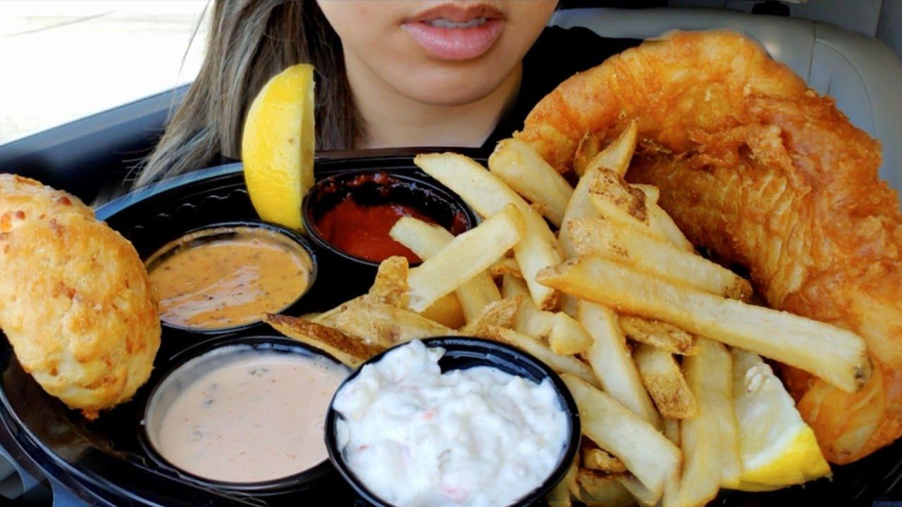 ASMR EATING FISH 'N CHIPS CAR MUKBANG Extreme Crunchy Eating Sounds NO TALKING 먹방 REAL TWILIGHT SHOW