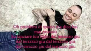Fabri Fibra - Cuore di Latta con testo completo.wmv