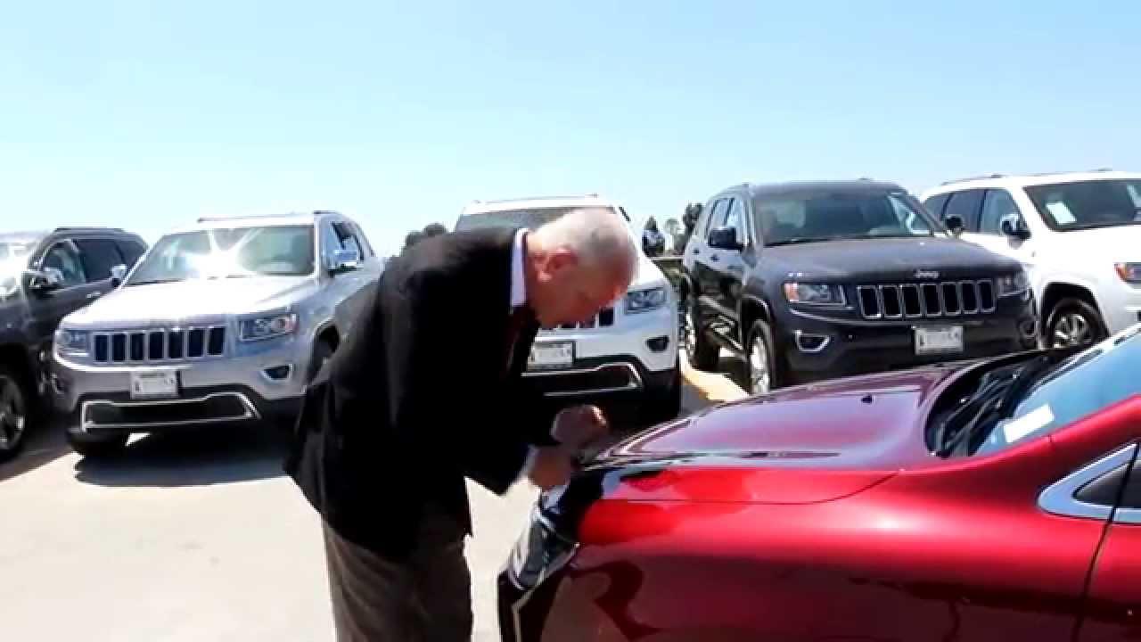 2015 Chrysler 200 Walk Around In Los Angeles At Motor