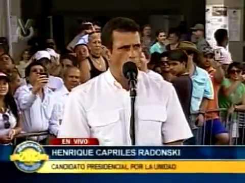 Henrique Capriles da unas palabras luego de ejercer su voto