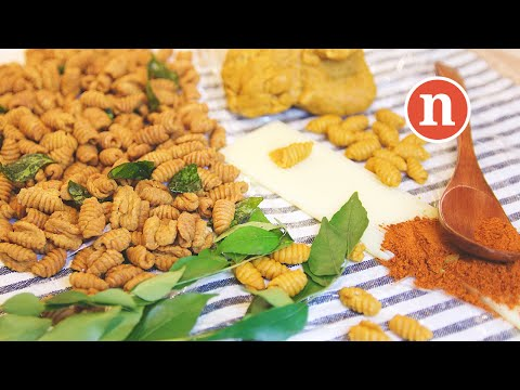 Malaysian Spicy Snack   Kuih Siput [Nyonya Cooking]