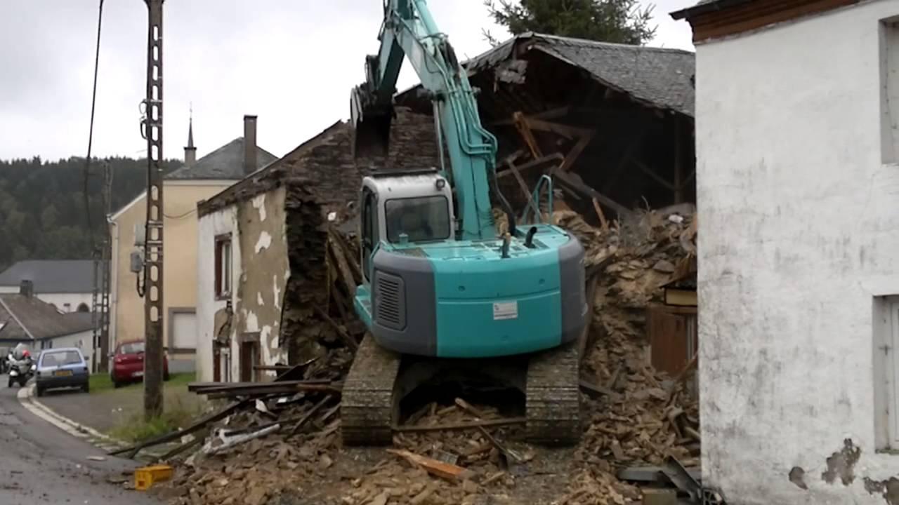 Radelange le 13 septembre 2013 destruction d 39 une vieille habitation hd - Destruction d une maison ...