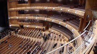 St. Petersburg weiht sein ersehntes neues Mariinsky-Theater ein