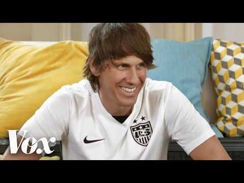 How Foursquare's Dennis Crowley tinkered a bad week into 50 million users | Courageous Leaders