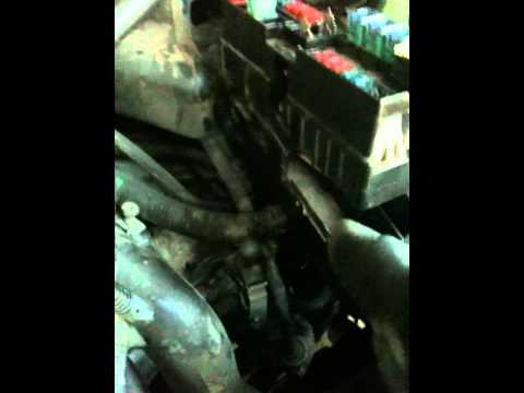 2000 Altima Fusible Battery Fuse 100a - YouTube