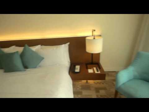 Manila Pavilion Hotel Deluxe room
